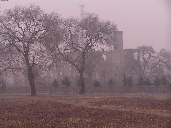 "Руины бойлерной лагеря ""Отряда 731"". Фото: wikimedia.org"
