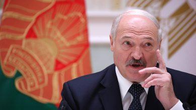 Photo of Лукашенко рассказал, что испортил руки этанолом