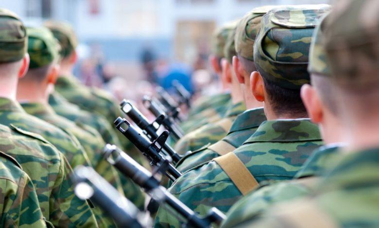 солдаты, армия