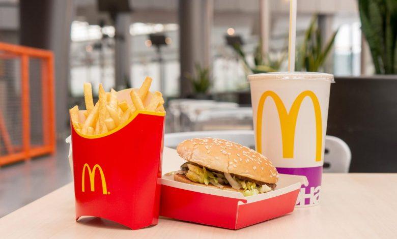 минским врачам запретили заезжать в рабочее время в McDonalds