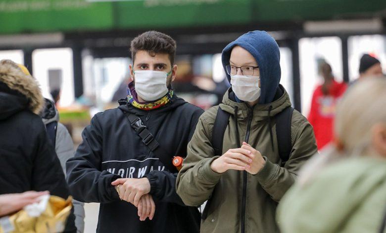 коронавирус, люди в масках
