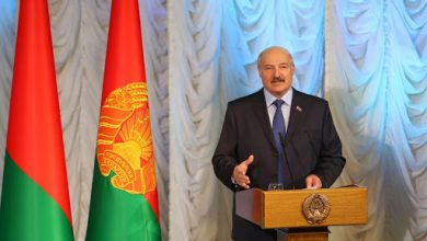 Photo of «Мы в землянках подыхали, но не подохли» — Лукашенко рассказал, как сложно на переговорах с Россией