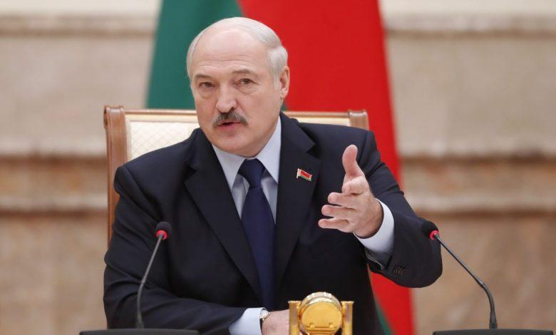 Лукашенко: эта вакханалия заканчивается, надо заниматься экономикой
