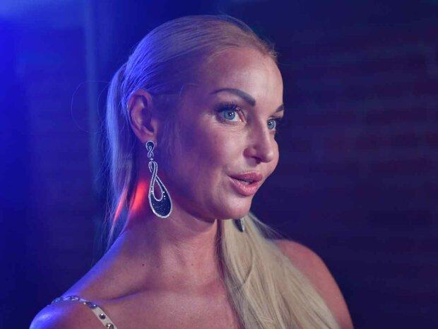 Волочкова рассказала, как спасла отца от смерти
