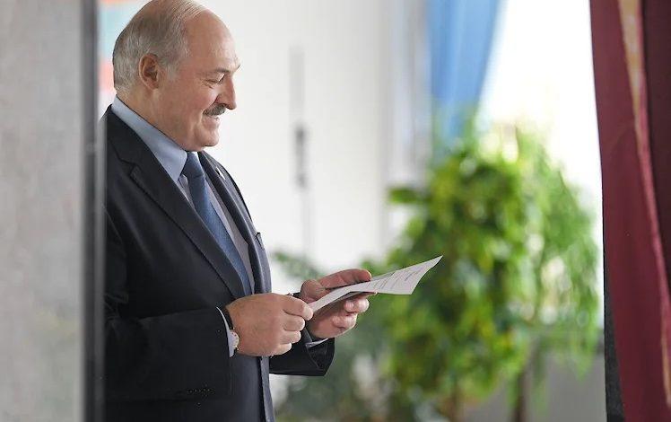 Лукашенко назвал протестующих овцами, которыми управляют из-за границы