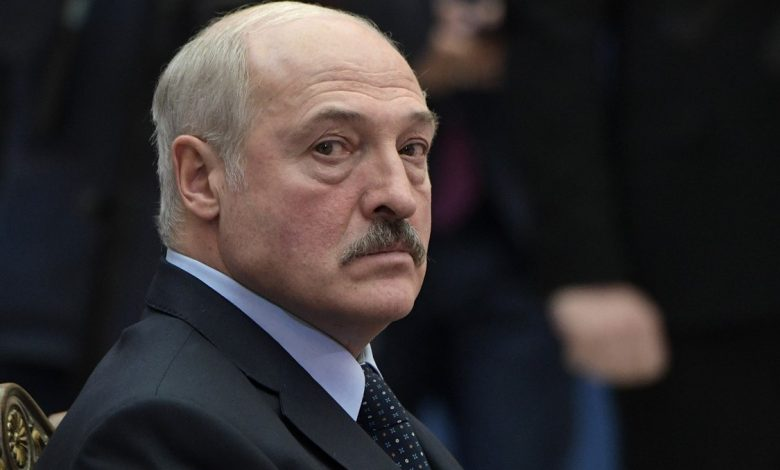 Лукашенко заявил, что готов к диалогу