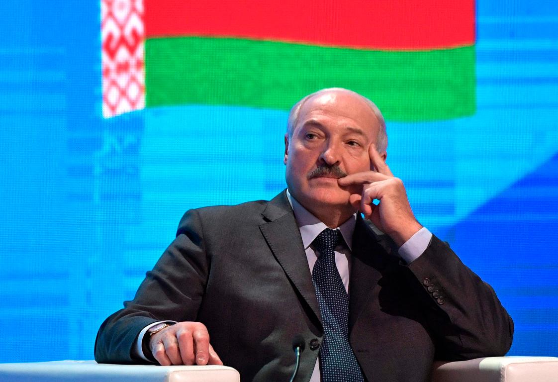 Лукашенко пообещал белорусам удвоить зарплаты