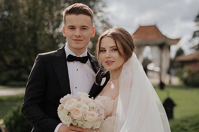 Сын Валерии пожаловался на неидеальный медовый месяц