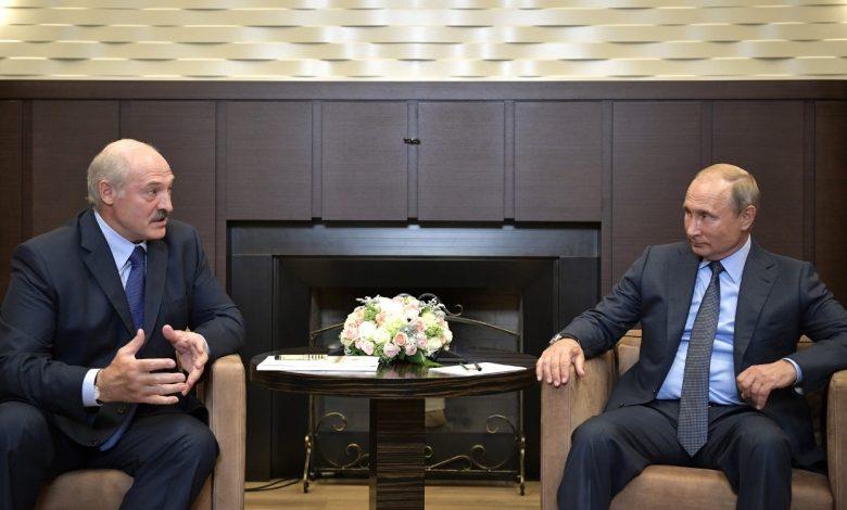 Лукашенко и Путин не обсуждали размещение в Беларуси российских военных баз