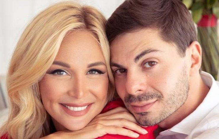 Виктория Лопырёва решила развестись с Игорем Булатовым.
