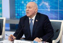 Photo of Мезенцев призвал не политизировать переговоры Беларуси и России по нефти и газу