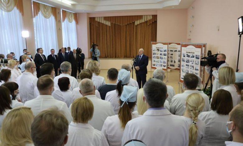 Лукашенко назвал примерную стоимость создания белорусской вакцины от коронавируса