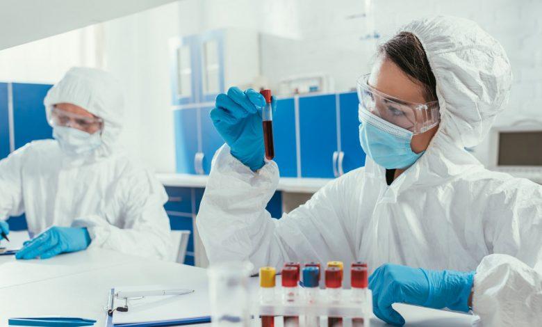 Лукашенко заявил о возможности создания собственной вакцины от коронавируса