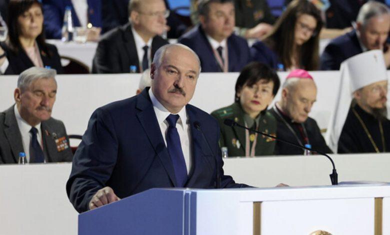 Лукашенко заявил, что губернаторы могли дописать пару процентов на выборах