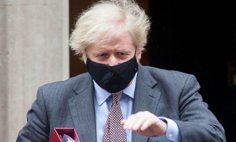 Премьер Британии опроверг слухи о введении ковид-паспортов