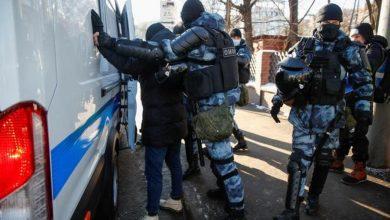 Photo of Более 200 человек были задержаны у Мосгорсуда перед началом слушания по делу Навального