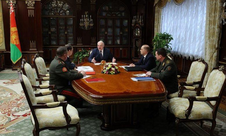 Лукашенко пообещал новые президентские выборы после принятия новой Конституции в 2022 году