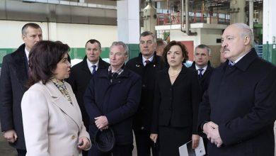 Photo of Лукашенко 23 марта посещает кожевенный завод в Гатово