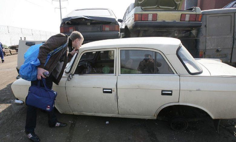 За сутки почти 1 тыс. авто снимается с регистрационного учета в связи с утилизацией