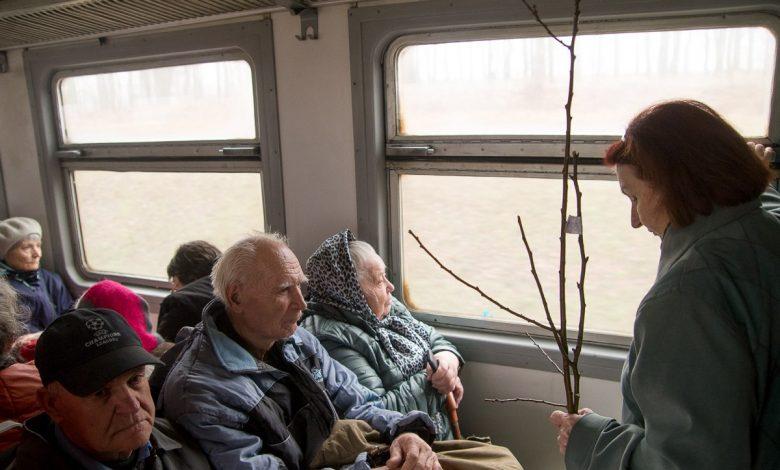 пенсионеры в электричках