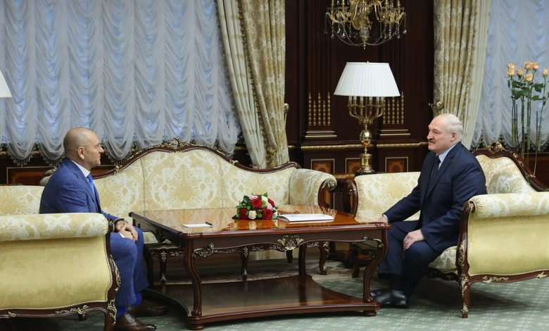 Александр Лукашенко и депутат Верховной рады Украины Евгений Шевченко
