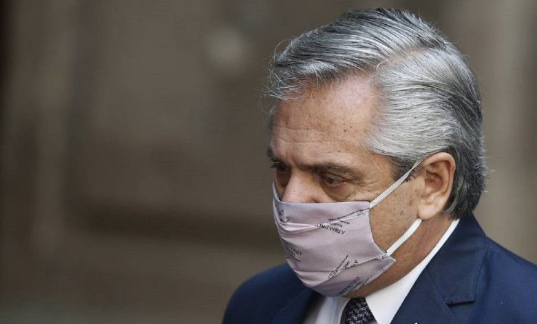 Президент Аргентины сообщил о положительном тесте на коронавирус
