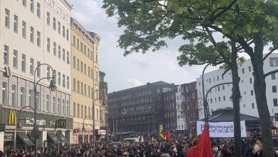 Photo of Более тысячи человек вышли на первомайское шествие в Берлине