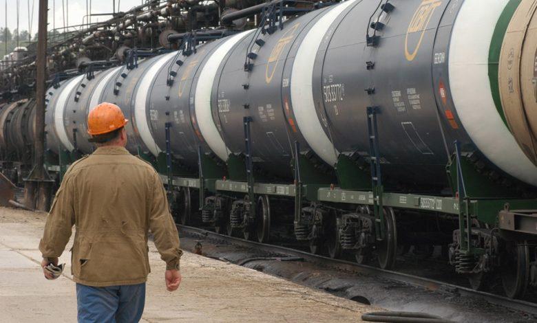 поставки, нефть