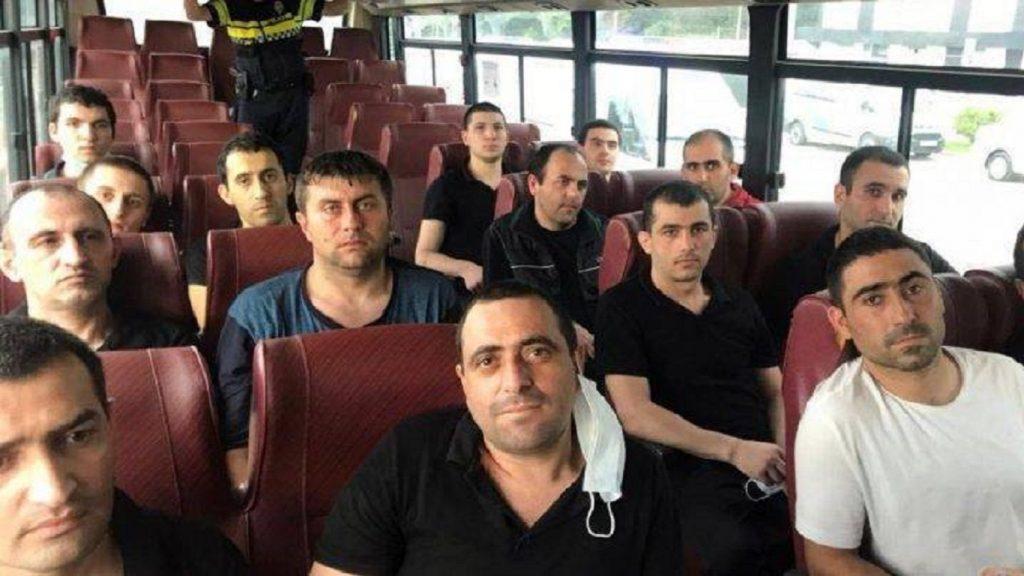 Азербайджан передал Армении 15 военных в обмен на карты минных полей