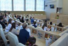 Photo of Наталья Кочанова проводит встречу со студентами медицинских вузов