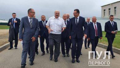 Photo of Лукашенко посещает «Белвитунифарм»