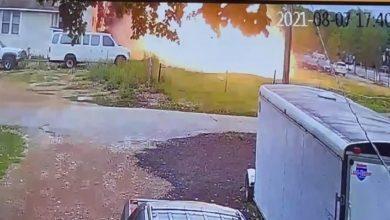 Photo of Самолет упал на жилой дом в американском штате Миннесота