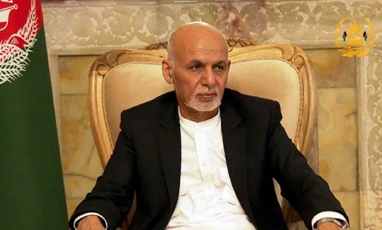 Президент Афганистана Гани подал в отставку и покинул страну