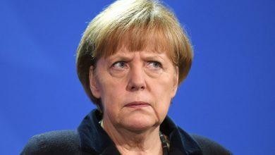 Photo of В Киеве заявили, что Меркель остановила «вторжение России» в 2015 году