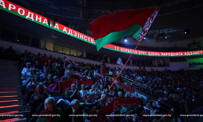 Александр Лукашенко призывает хранить Беларусь