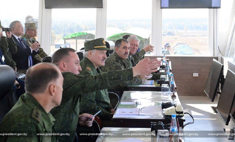 Лукашенко назвал отсутствие наблюдателей из США и ЕС на учении «Запад-2021» мелкотравчатой позицией Запада