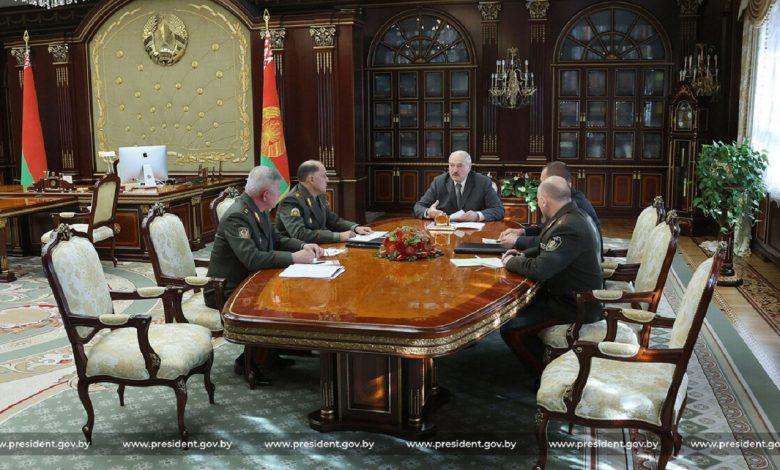 Лукашенко назвал неблагоприятной для Беларуси ситуацию в ряде сопредельных стран