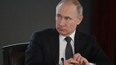 Photo of Кремль: обсуждение Крыма на встрече Путина и Зеленского невозможно