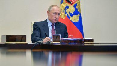 Photo of Путин сообщил о десятках заболевших COVID-19 в его окружении