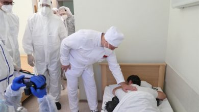 Photo of Лукашенко посетил «красную зону» Минской областной больницы