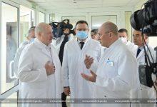 Photo of Эйсмонт ответила на вопрос, почему Лукашенко не всегда носит маску