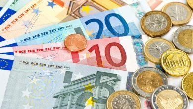 Photo of На торгах 19 октября доллар и российский рубль подешевели, евро подорожал