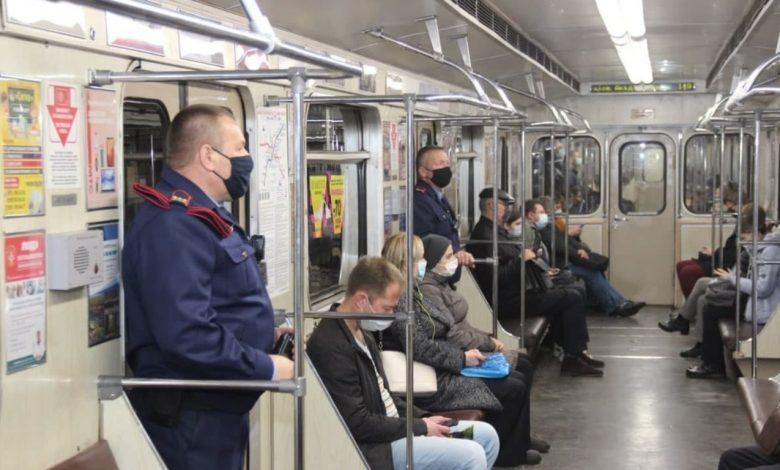 проверка масочного режима в минском метро